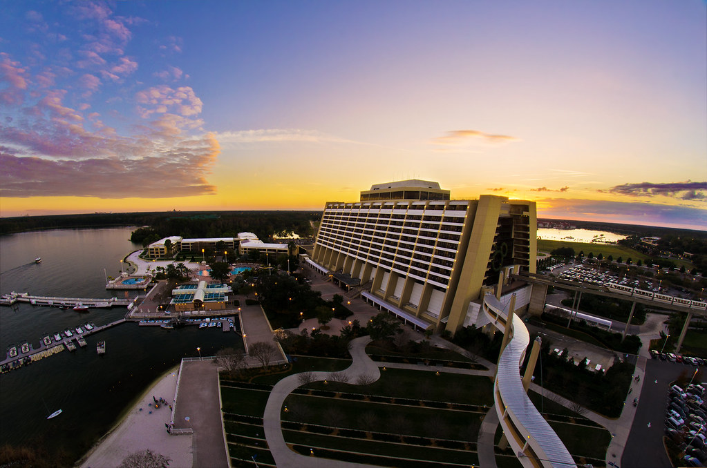 Contemporary Resort From Our Bay Lake Tower Balcony Flickr