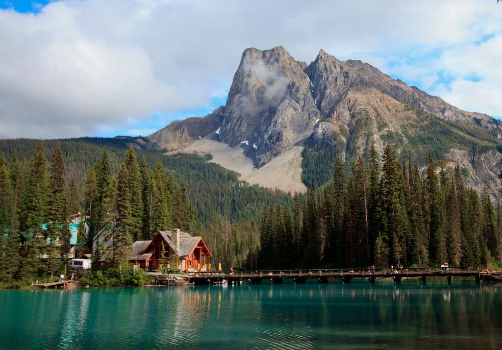 Emerald Lake Lodge Emerald Lake Yoho National Park Briti Flickr