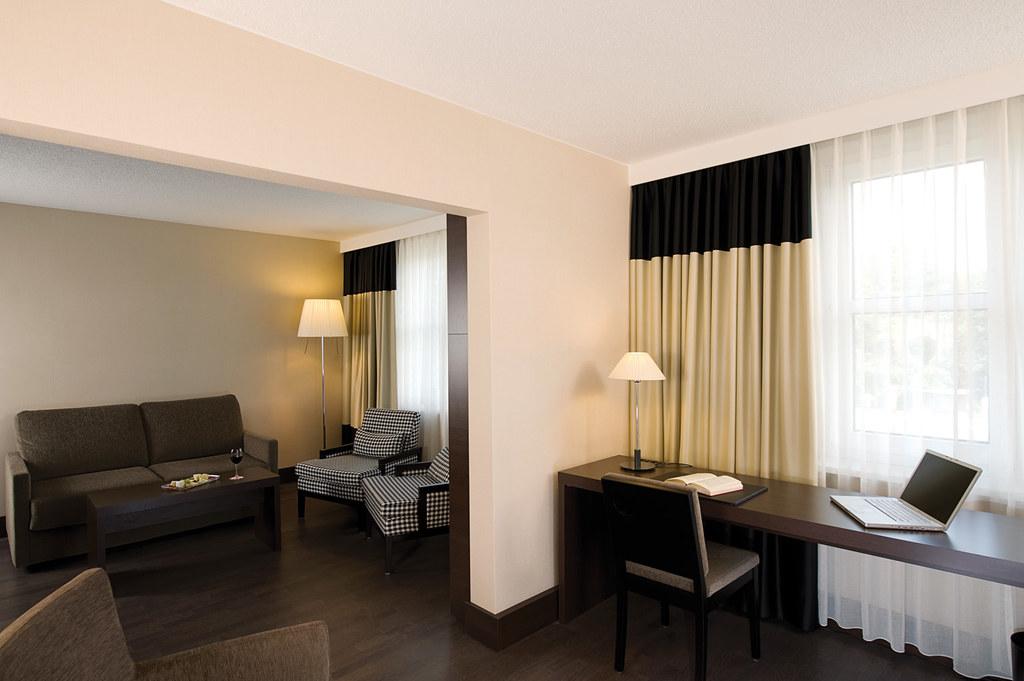 Nh Hotel Frankfurt Niederrad Parken