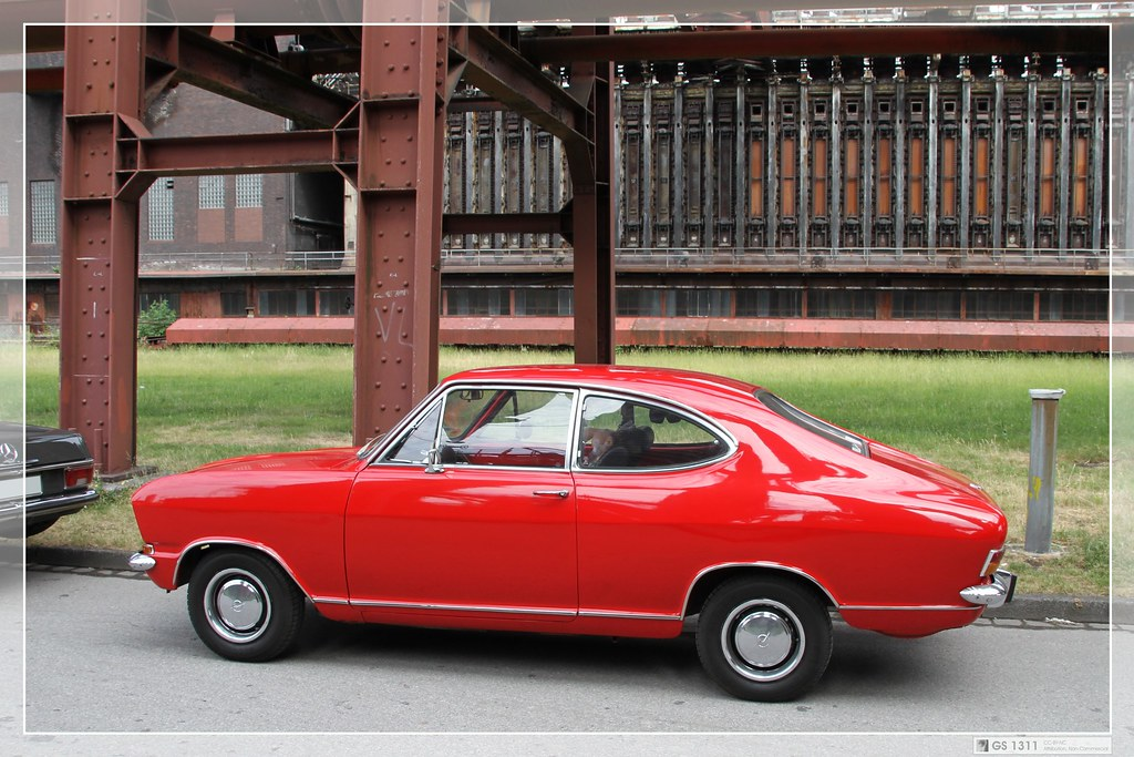1971 opel kadett b coupe 01 the kadett b came in 1966. Black Bedroom Furniture Sets. Home Design Ideas
