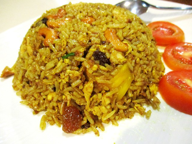 Flavours Thai Kitchen pineapple fried rice