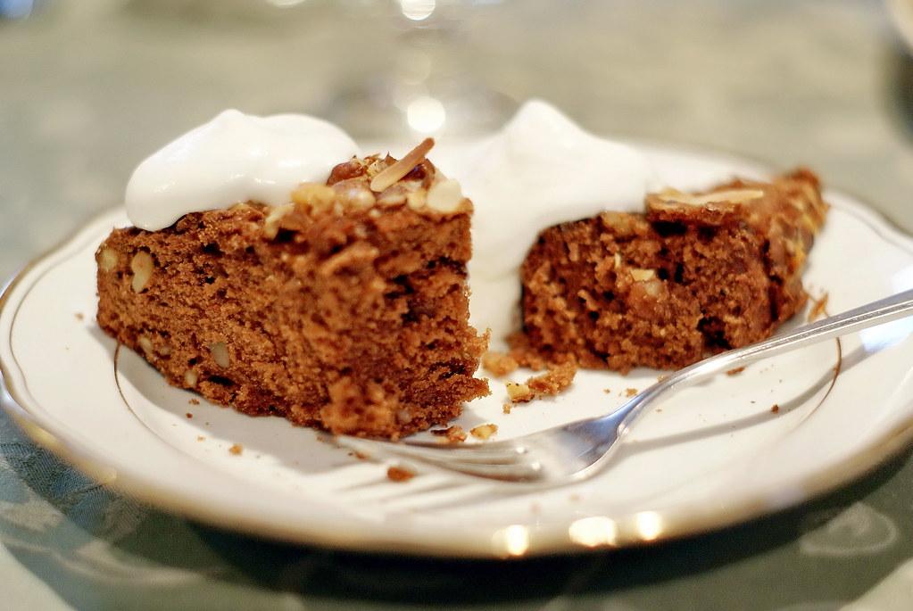 Rustic choco walnut cake with whipped cream | Rusztikus diós ...