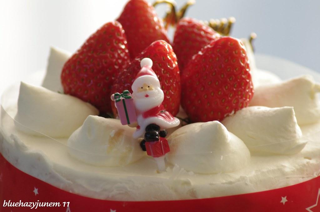 Japanese Strawberry Christmas Cake