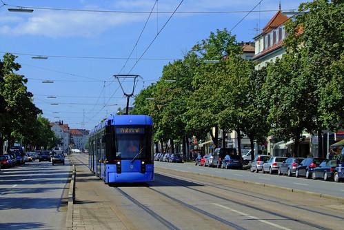 Durch die Leonrodstraße, wie hier auf dem Bild vom 17. August 2009, darf die Variobahn auch weiterhin nicht fahren.
