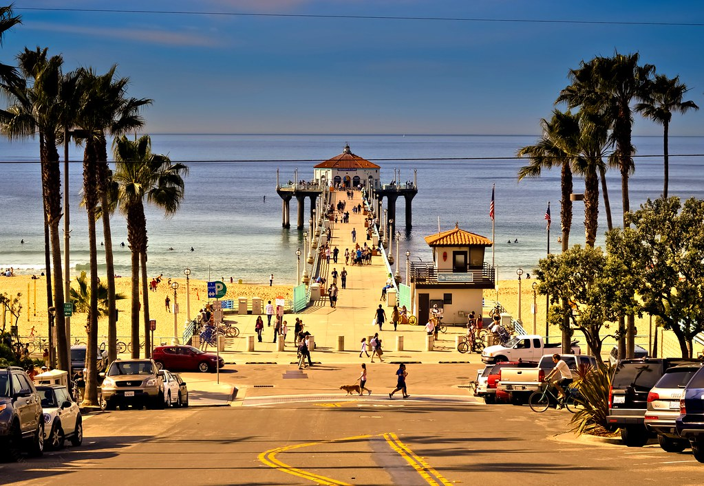 Manhattan Beach Wallpaper: A Winter Morning In Manhattan Beach, California