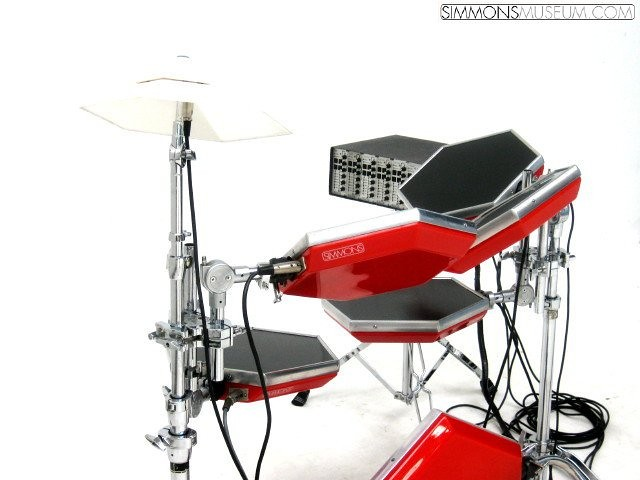 Simmons Sdsv A Typical Compete Kit With Cymbal From