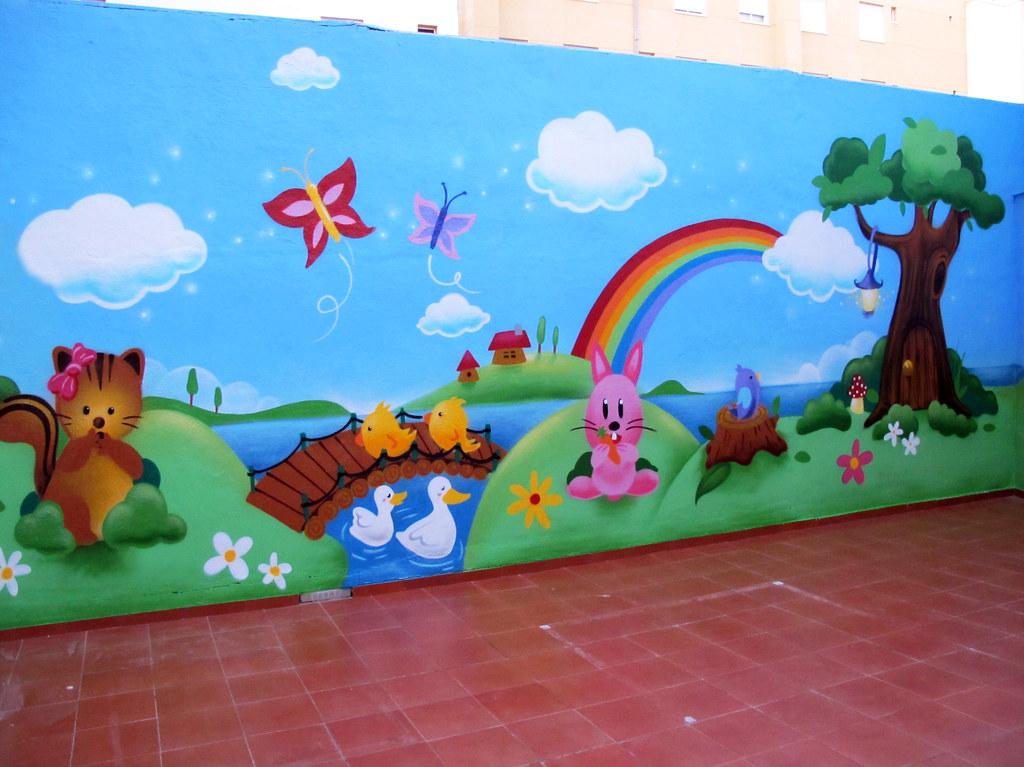 Escuela infantil piol n elche pinchar en la imagen for Decoracion con figuras en la pared