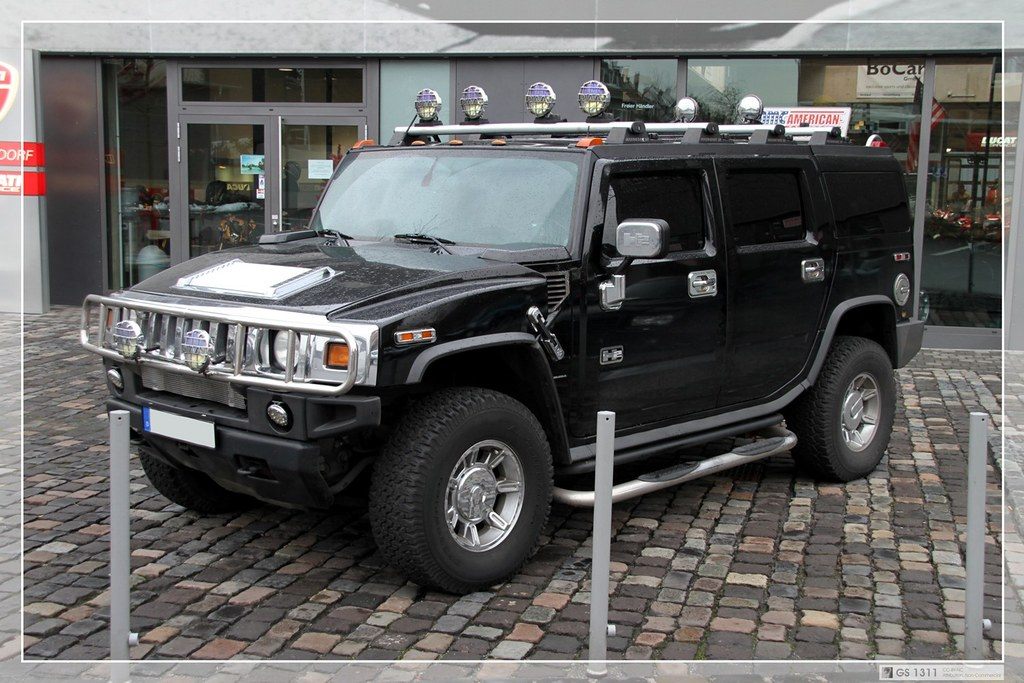 2003 2010 Hummer H2 03 The Hummer H2 Is An Suv And