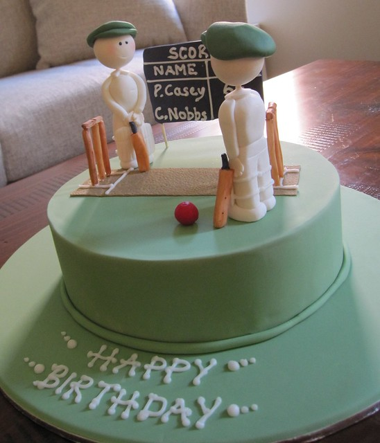 Cricket Cake Decorating Machine