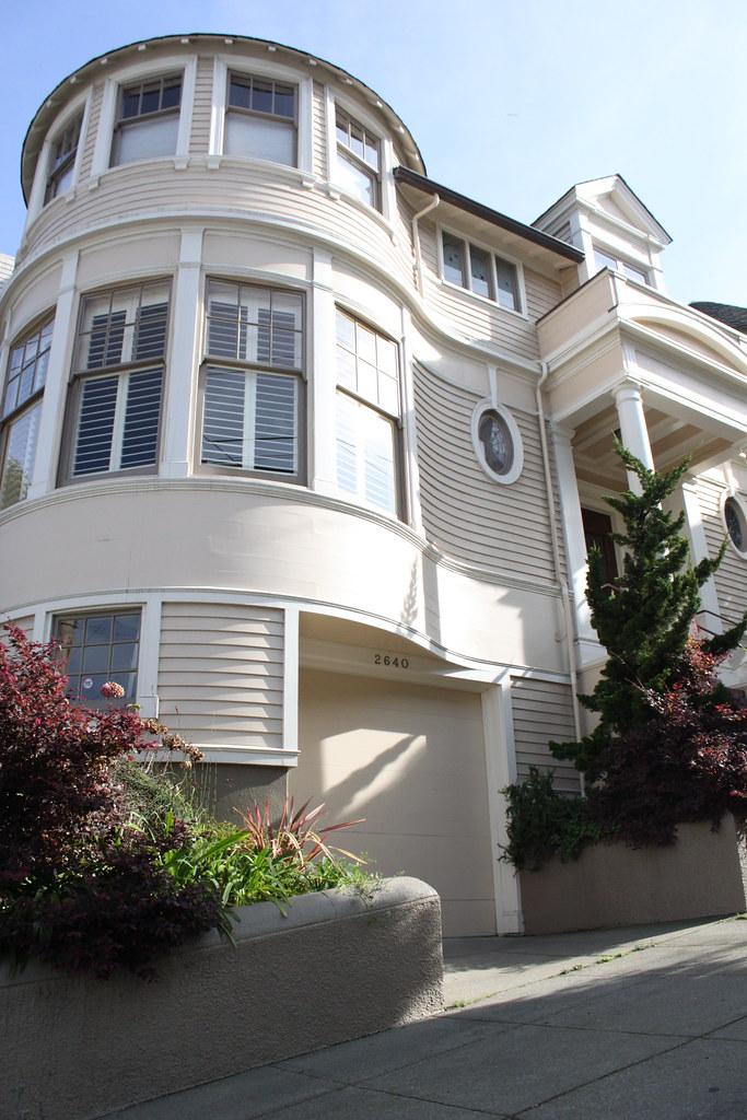 Mrs doubtfire house 2640 steiner street san francisco for Steiner street