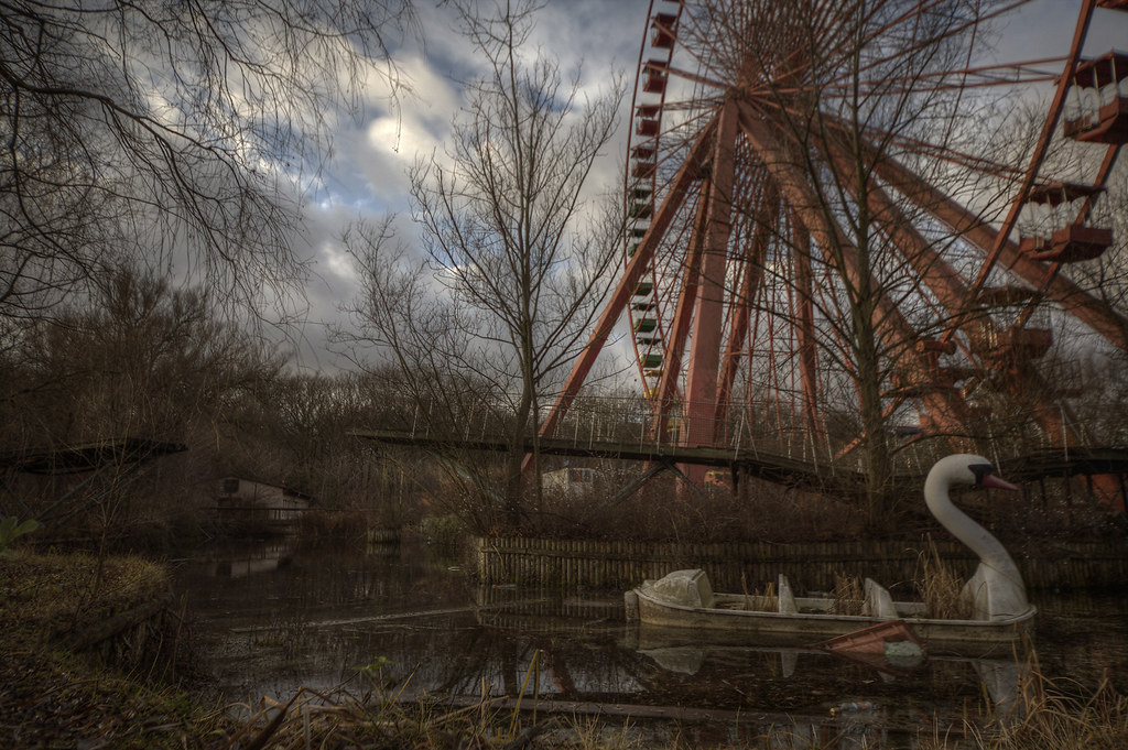 abandoned amusement park :: ( explore ) | This place was ...