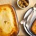 pie clásico de carne picada y cebolla · jamie oliver