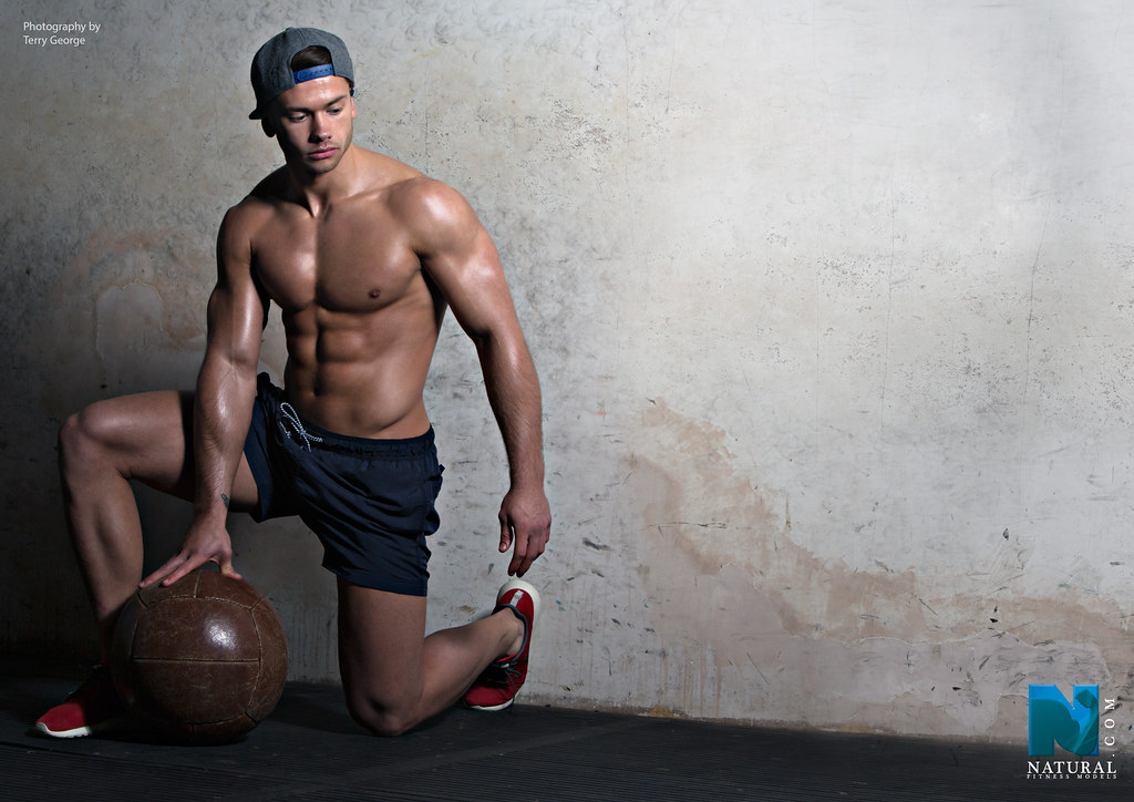 lucking natural fitness models follow us on instagr flickr