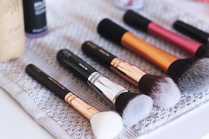 make up pinsel reinigen priscillaa com priscilla a. Black Bedroom Furniture Sets. Home Design Ideas