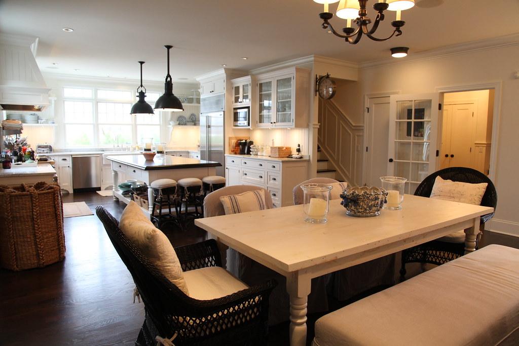 White Kitchen Table Oval