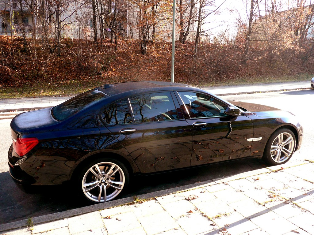 2010 bmw 750i f01 7 series sedan just seen this amazing flickr. Black Bedroom Furniture Sets. Home Design Ideas
