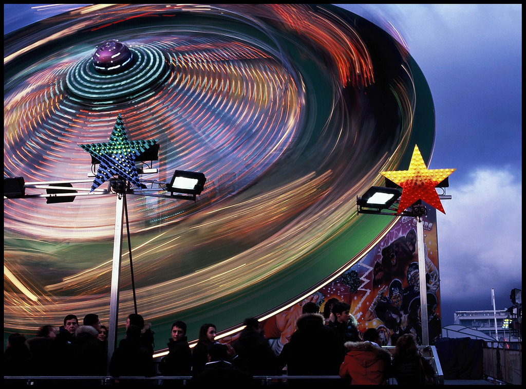 Luna park 08 mamiya 645 1000s sekor 80mm f 1 9 c fuji for Puerta 9 luna park