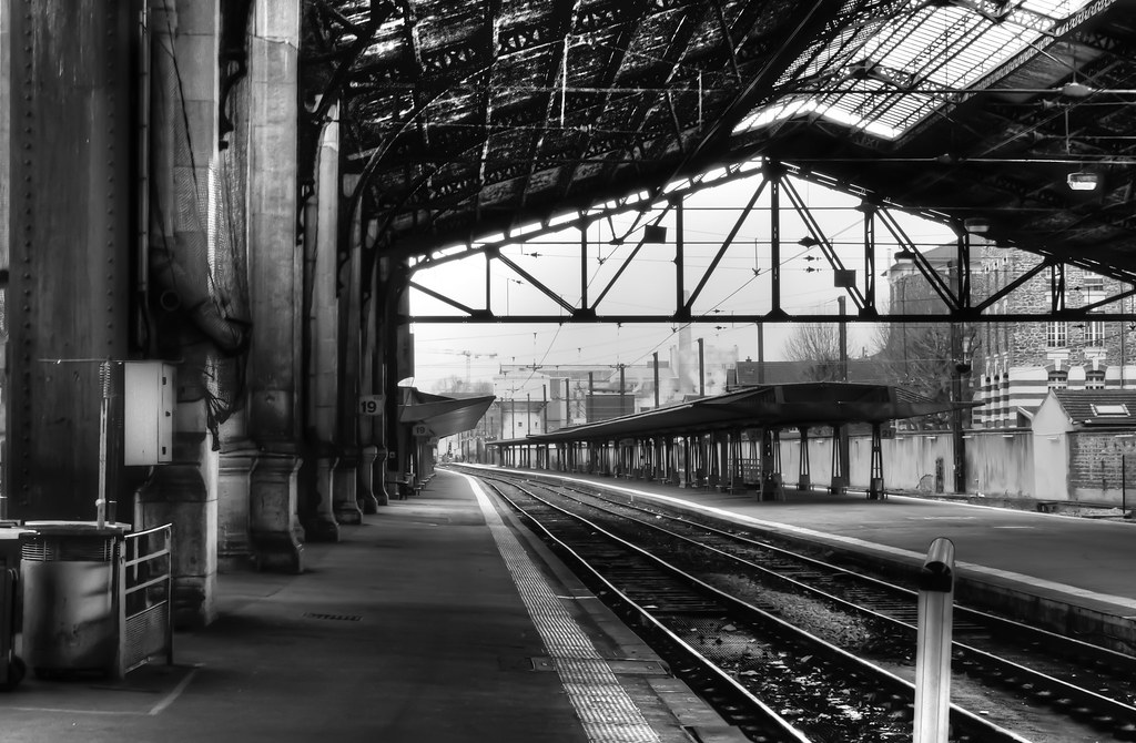 Gare d 39 austerlitz noir et blanc paris austerlitz for Train tours paris austerlitz