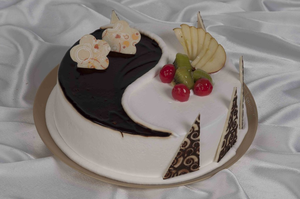 Monginis Cake Designs For Anniversary : Ying Yang Cake Buy Ying Yang Cake online from monginis ...