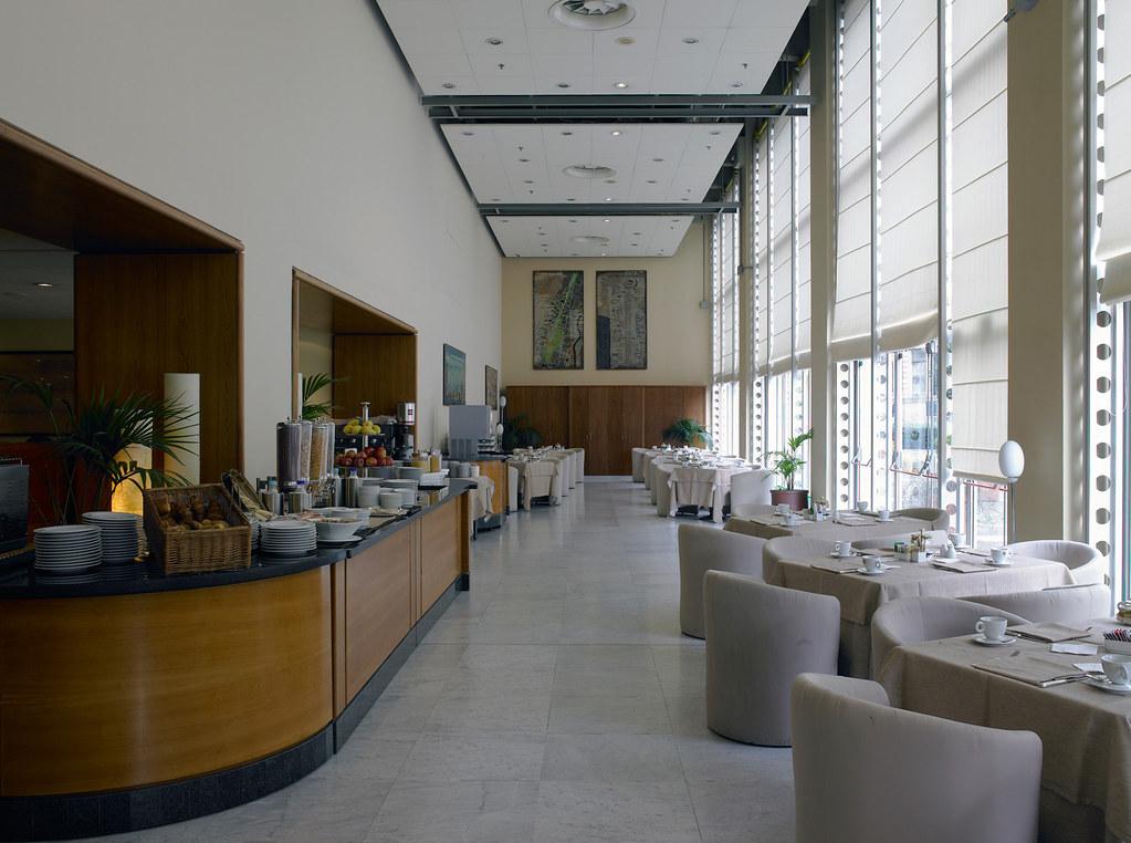 Hotel Nh Torino Lingotto Congreb Torino To