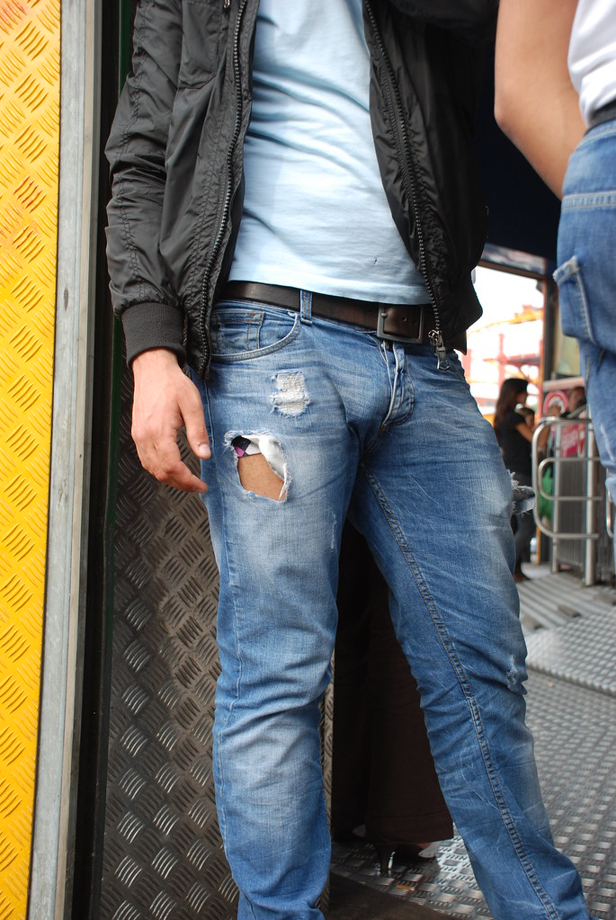 Mens Bulges In Jeans 34