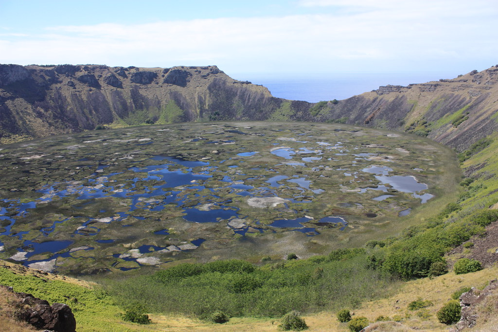 an introduction to the geography of rano kau Rapa nui / geography, history and religion of a number of extinct craters, rano aroi rises to a height the crater of rano kau offshore, the pinnacle of.
