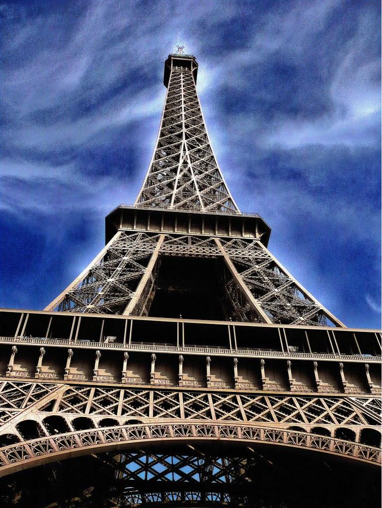 happy birthday - paris  125  th anniversary