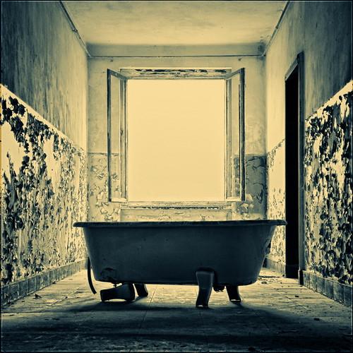 Bathtub | Badewanne