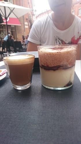 Tiramisú en Capitol Cafe Toulouse