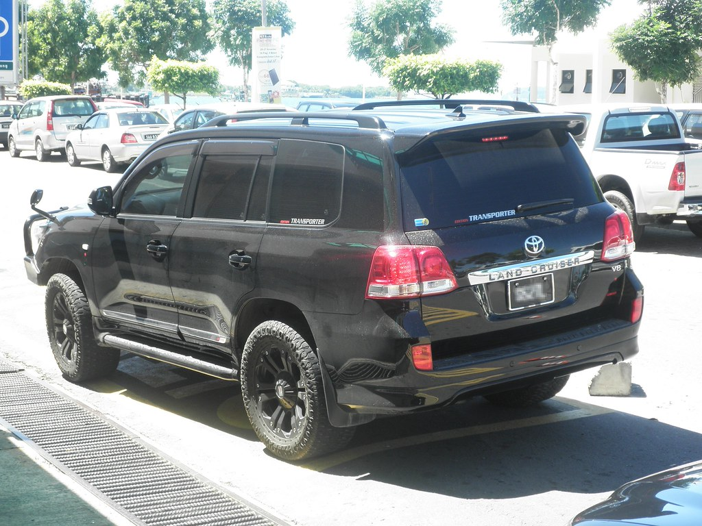 Pimped Out Toyota Land Cruiser There Are Countless Land