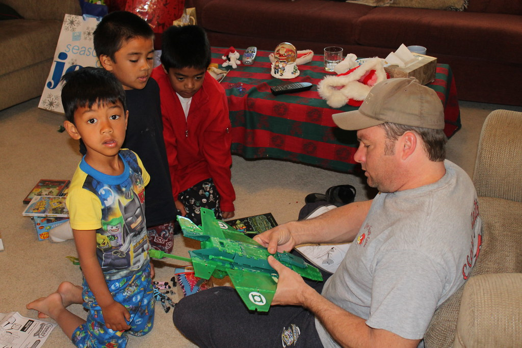 Put Together Toys For Boys : Shawn helps put together the boys toys taken on