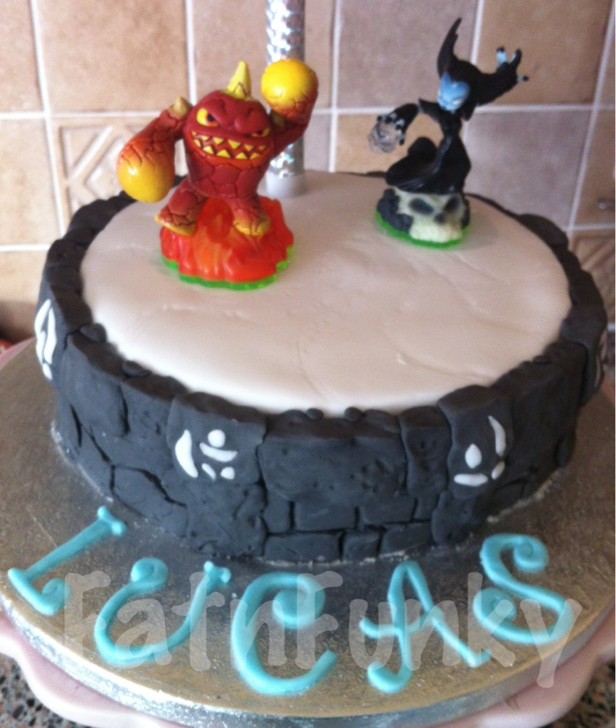 Cake Art N R Colony : Skylanders portal cake Fatnfunky cakes & art Flickr
