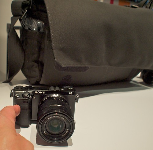 Sony NEX 7 in Front of the Lowepro Pro Messenger 200 | by Lowepro