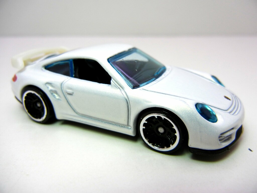 hot wheels porsche 911 gt2 white 2 justjdm photography flickr. Black Bedroom Furniture Sets. Home Design Ideas