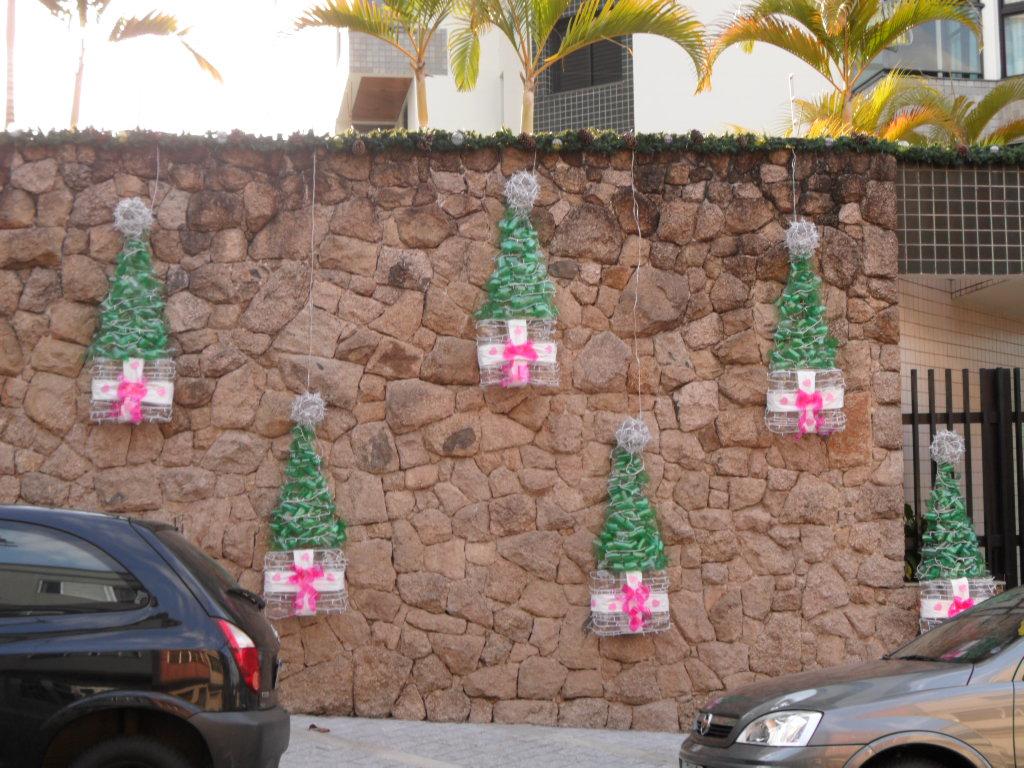decoraç u00e3o de natal feita com garrafas pet xmas decorartion u2026 Flickr -> Decoração De Natal De Mesa Com Garrafa Pet