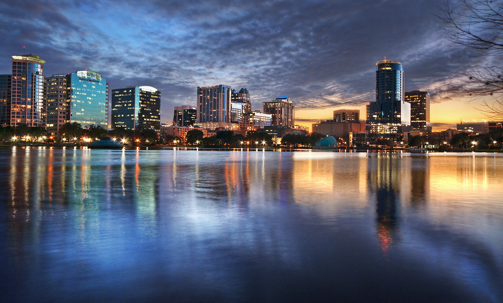 Orlando Florida Skyline | Beautiful downtown Orlando viewed ...: https://www.flickr.com/photos/skynoir/6587698657