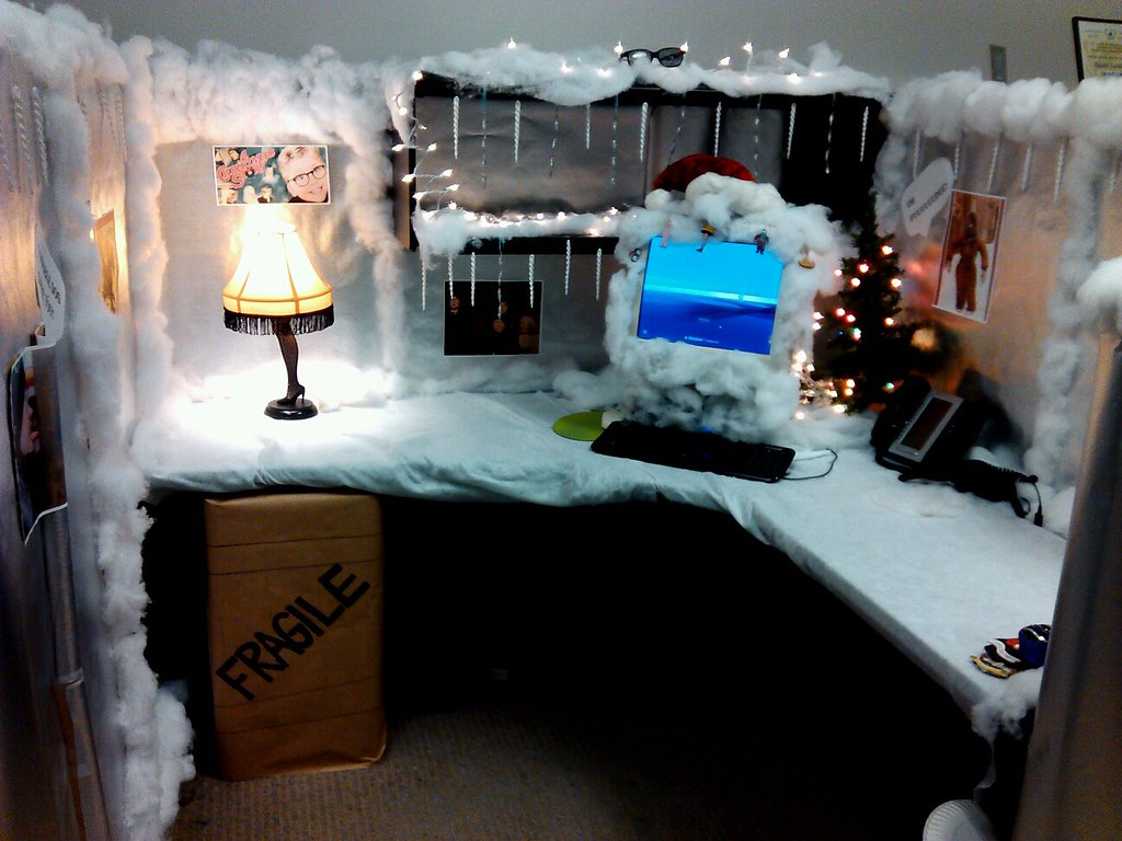 A christmas story cubicle microbilt