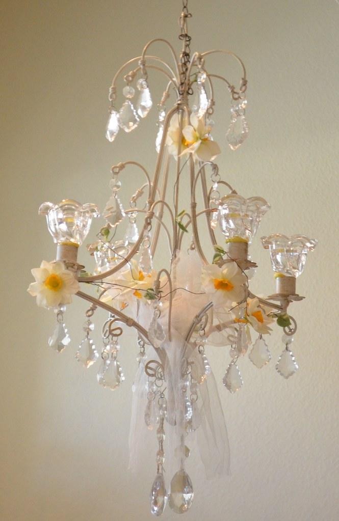 Shabby chandelier just added a cute daffodil garland for Shabby chic garland lights