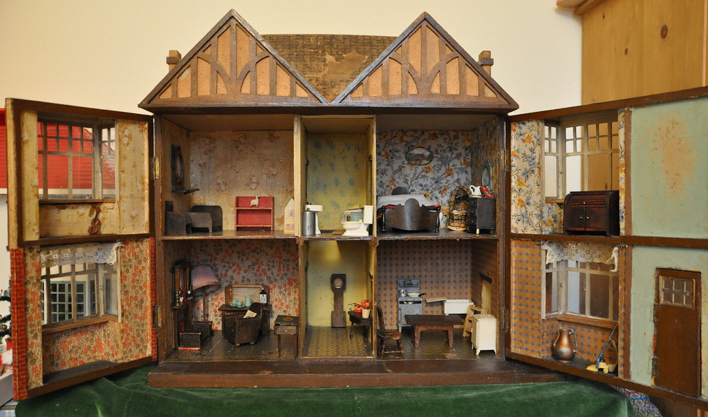 Inside The Hobbies Special 186 Dolls House From Afar