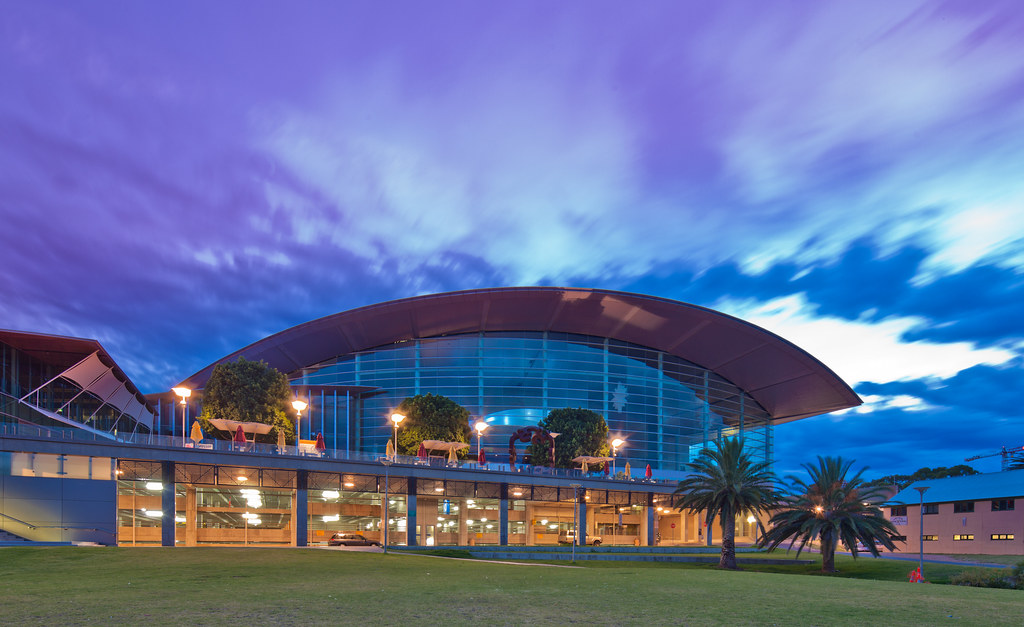 Adelaide convention centre architect skidmore owings for Architecture jobs adelaide