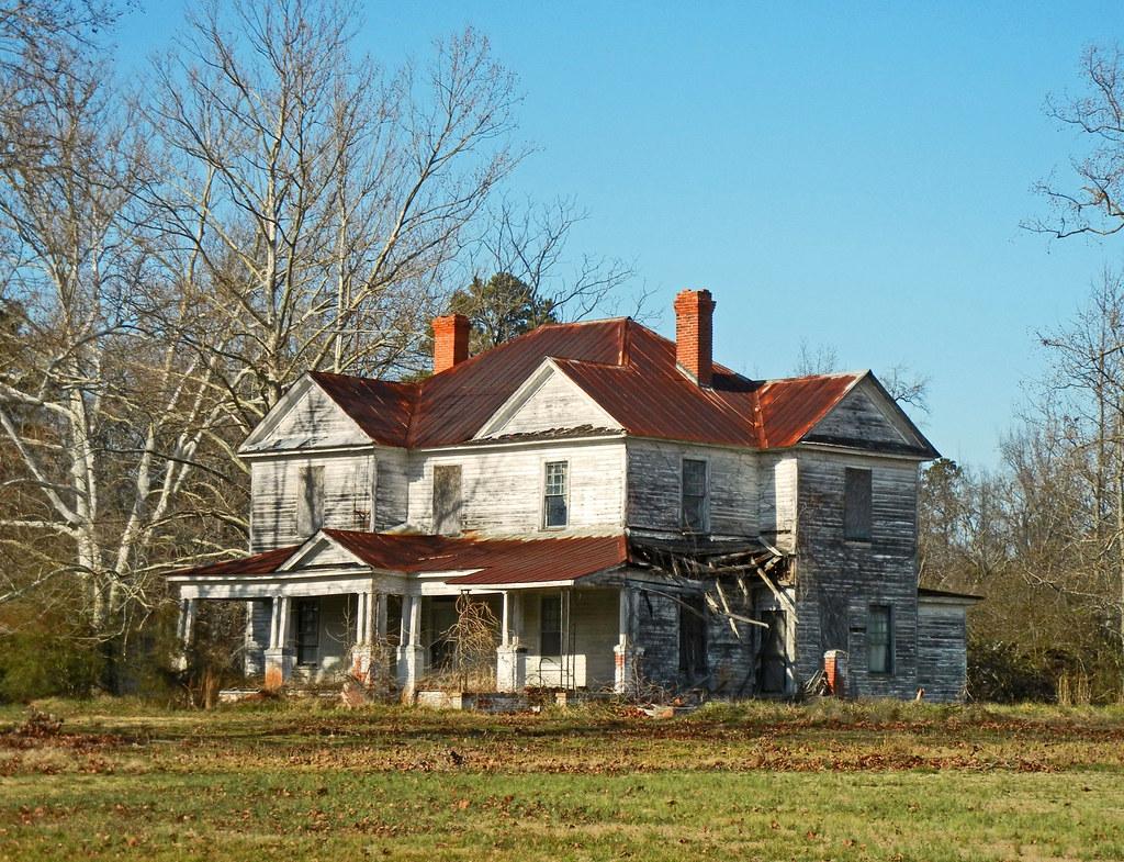 Abandoned Classical Farm House Ca 1910 Hilliardston Na