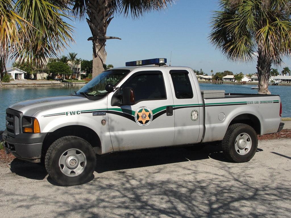 Florida fish and wildlife fwc law enforcement picture for Fish and wildlife jobs