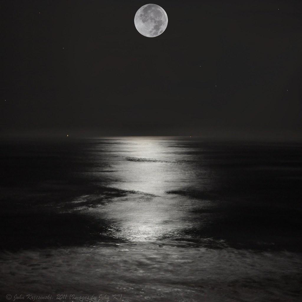 Mooning Over New Missoni: Full Moon Over Half Moon Bay