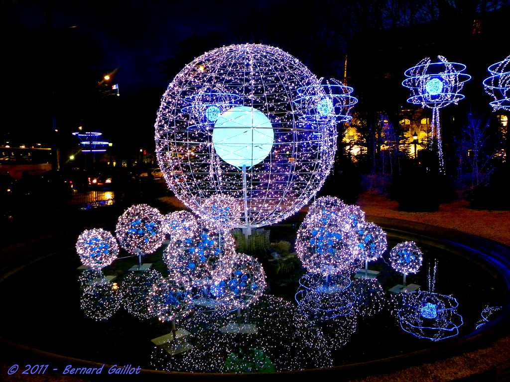 D coration de no l rond point des champs elys es paris - Decorations exterieures de noel ...