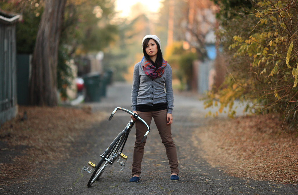 The Girl With The Brakeless Bike Verb1der Flickr
