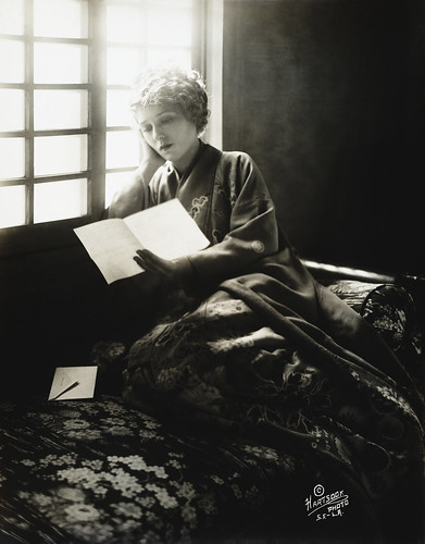 Mary Pickford by Fred Hartsook, 1918 | by trialsanderrors