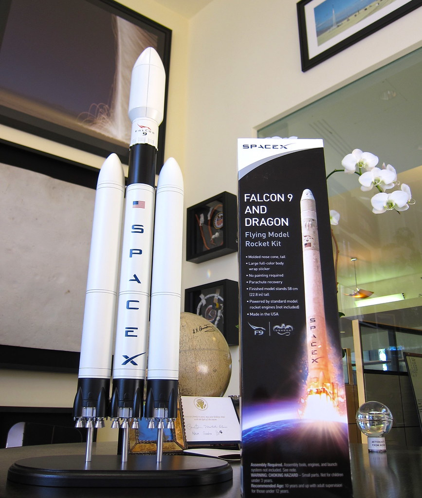 spacex model rocket - photo #2