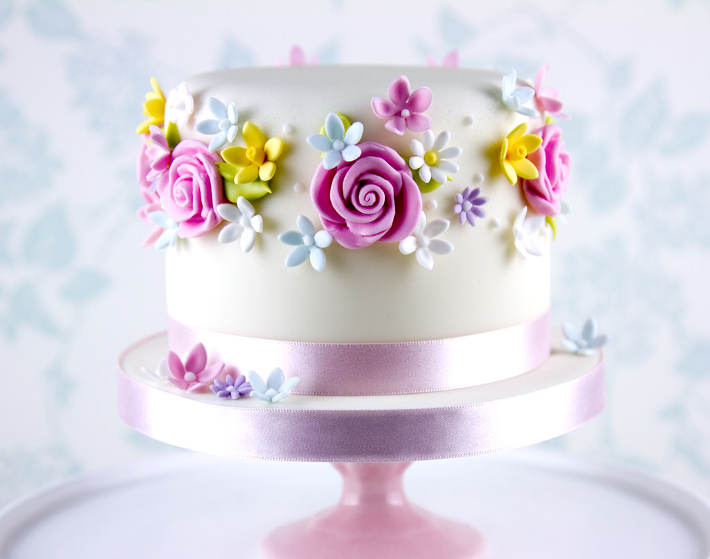 Flowers Birthday Cake  I made this as a birthday cake for a ...