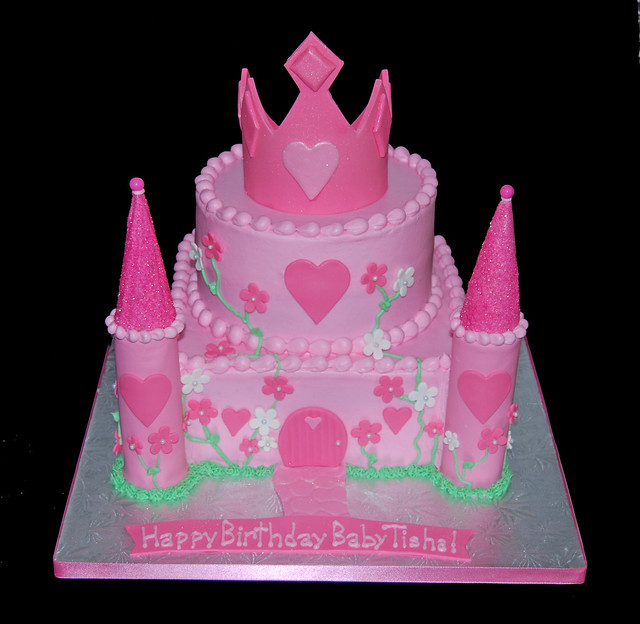 Pink Princess Birthday Castle Cake with Tiara Flickr ...
