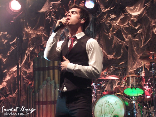 panic at the disco vices and virtues tour - photo #45